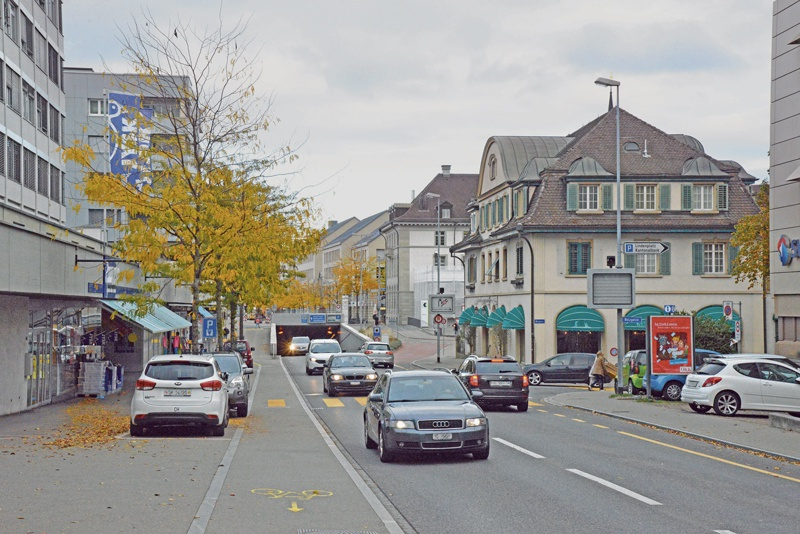Bahnhofstrasse 1920 und 2015