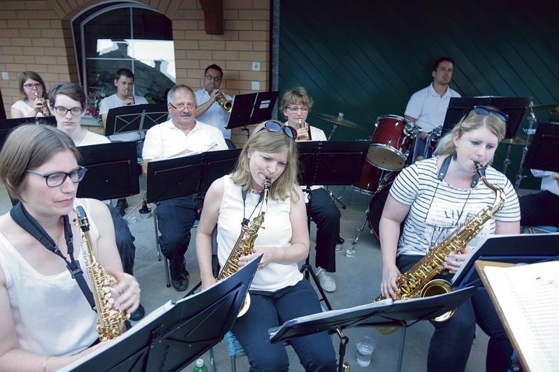 Benefiz-Konzert MG Uesslingen für Familie Maier