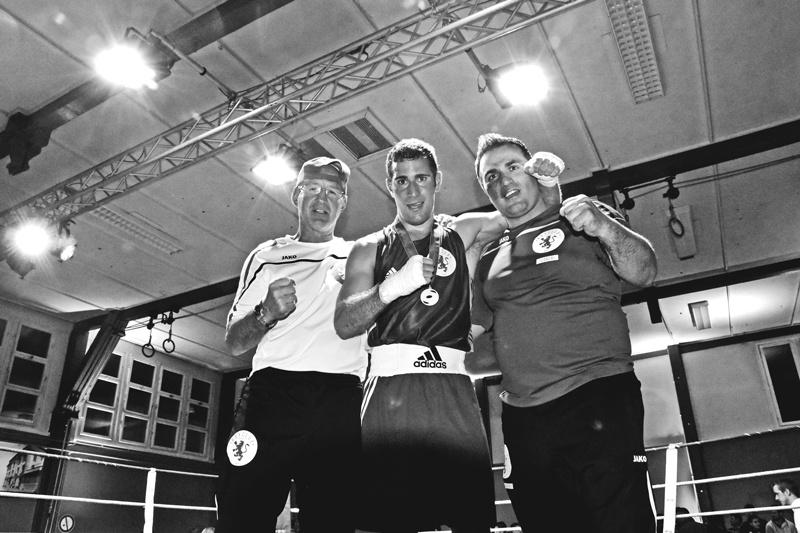Swiss Boxing Team deklassiert bosnische Auswahl