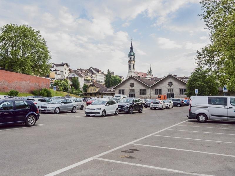 Parkplatz statt Exerzierplatz